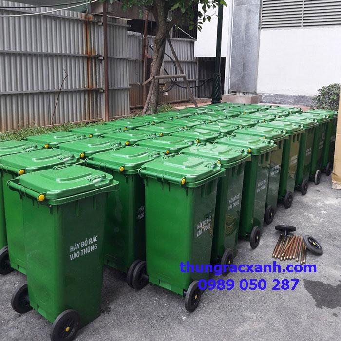 Thùng rác xuất cho chung cư trên đường Lê Văn Lương